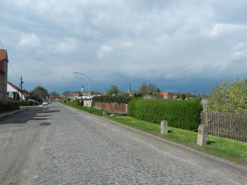 Bedrohliche Wolken am Ortsrand von Lützen