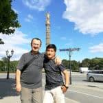 Vor der Siegessäule in Berlin