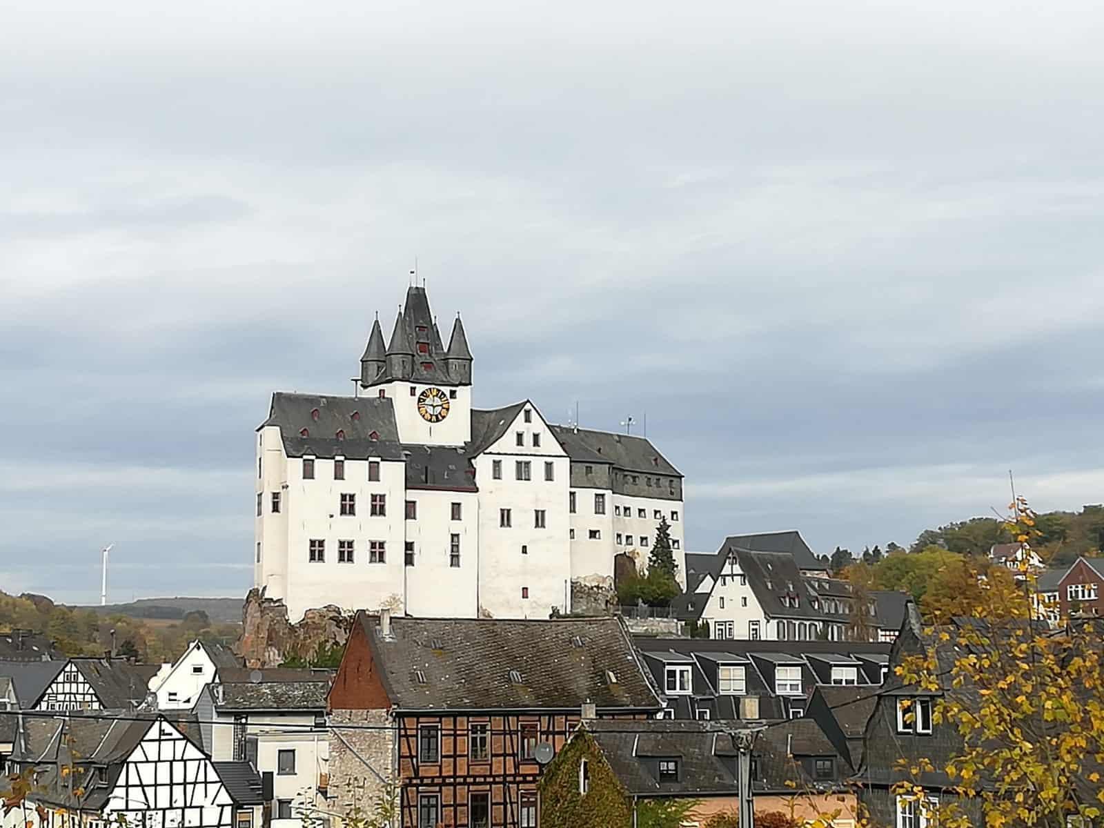 Die Grafenschloss Jugendherberge in Diez an der Lahn
