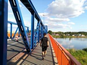 Zum Abendessen vor unserer Wanderung ging es nach Polen über die Oder